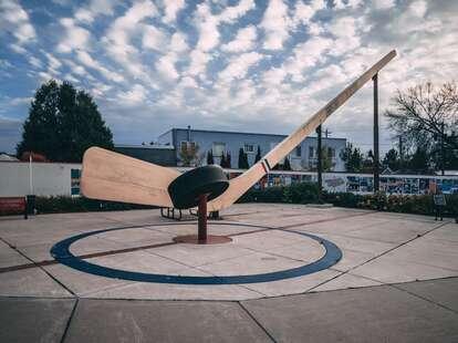 hockey stick sculpture