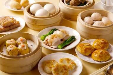 Minghin Cuisine spread