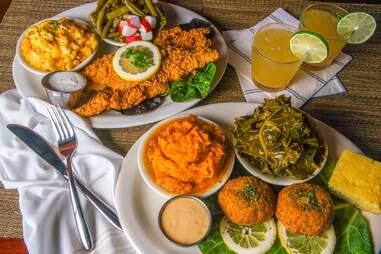 Oohhs & Aahhs Soul Food