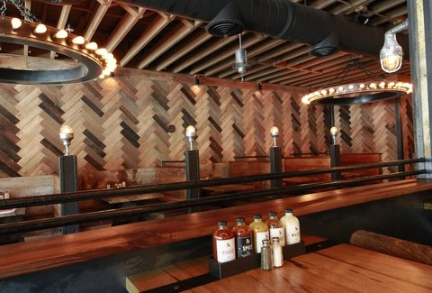 Southland Whiskey Kitchen: A Portland, OR Bar.