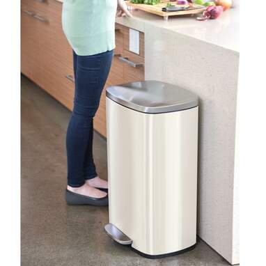 iTouchless Deodorizer Stainless Steel 13 Gallon Step-On Trash Can