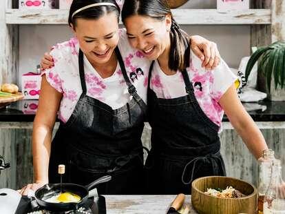 2 Korean Girls