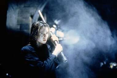 mimic 1997, mira sorvino