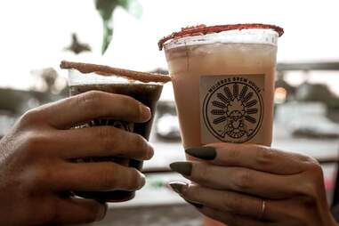 Mujeres Brew House