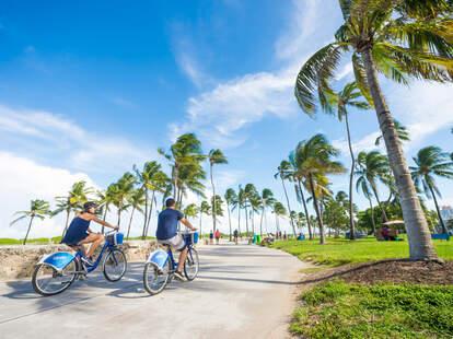 Miami Beach promenade