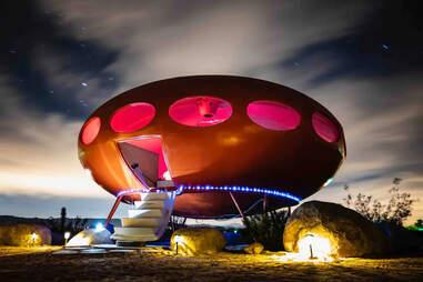 ufo-shaped area 55 desert futuro house