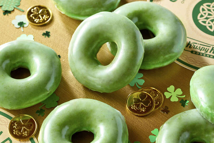 Everywhere You Can Get Free & Cheap Food for St. Patrick's Day