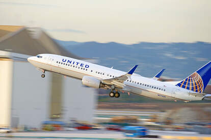 United Airlines plane taking off quickly