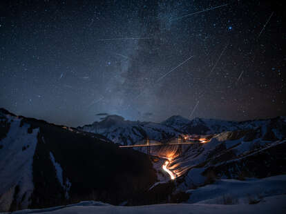 how to watch lyrid meteor shower 2021