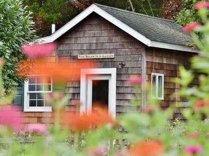 Tiny House, Good Earth Garden