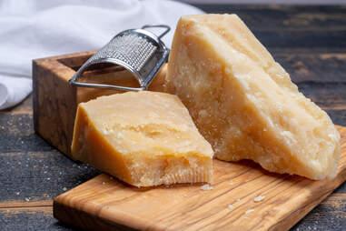 hard cheese fridge life Parmesan