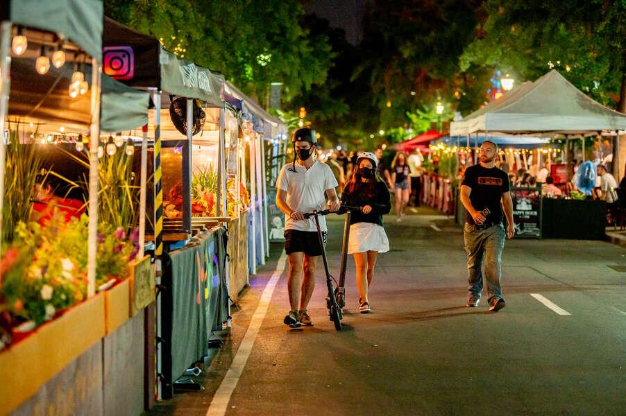 Cuomo Extends Curfew for NYC Bars & Restaurants Beginning Next Week