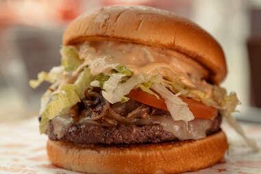 Li'l Woody's Burgers & Shakes