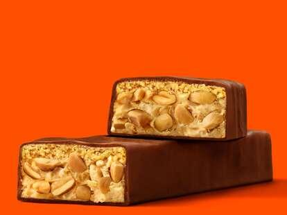 Reese's Crunchy Peanut Bar