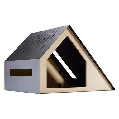 Holmquist Wood Dog House