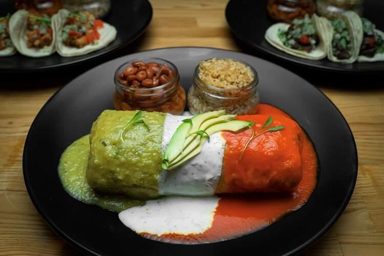 El Luchador Mexican Kitchen + Cantina