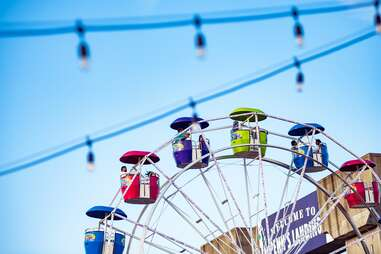 Delaware River Waterfront ferris wheel