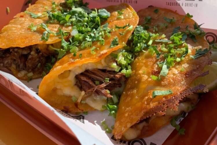Hola Tacos