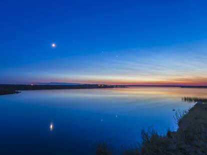 Moon venus mars mercury stargazing
