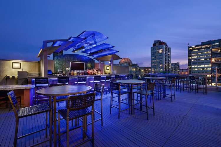 Level 9 Rooftop Bar & Lounge