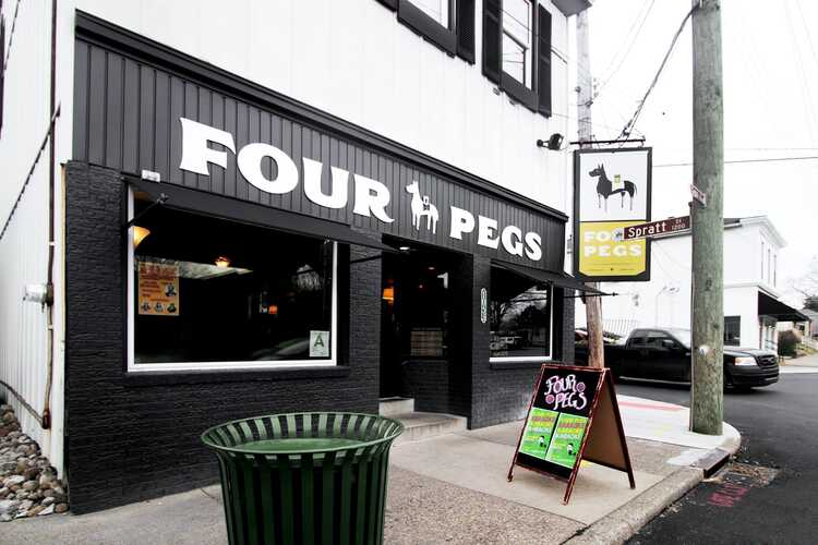 Four Pegs Beer Lounge