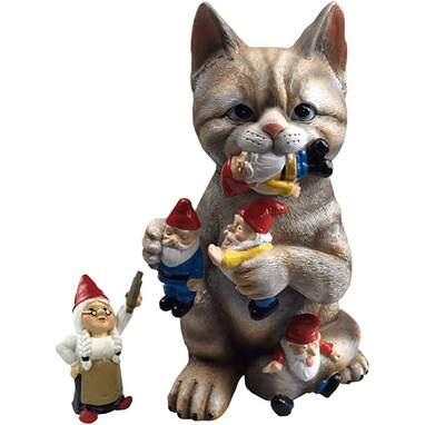 Cat lawn ornament