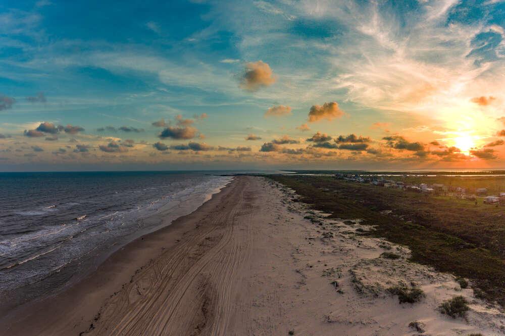 Best Beaches in Texas to Visit This Summer - Thrillist
