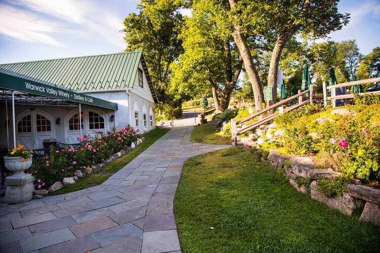 Warwick Valley Winery & Distillery