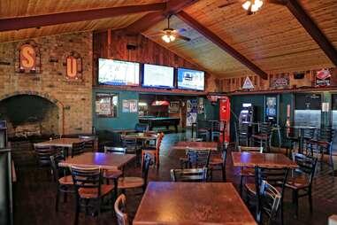 Vine Tavern & Eatery - Apache