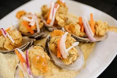 Oysters Po Boy