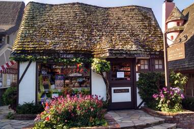 Cottage of Sweets