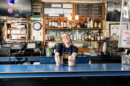 Pacific Inn Pub