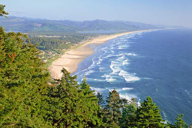 Looking south at the Nehalem Spit separating the Pacific Ocean and Nehalem Bay viewed from Neahkahnie Mountain in Tillamook County, Oregon