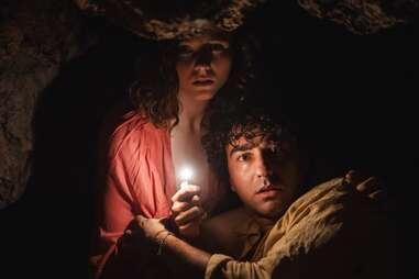 Alex Wolff and Thomasin McKenzie in Old, a new M. Night Shyamalan movie