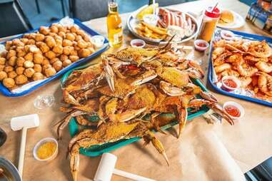 Captain Pell's seafood