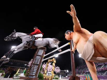 sumo scares horses at olympics