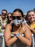 lollapalooza 2021 festival attendee in mask