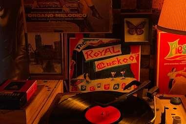 royal cuckoo interior