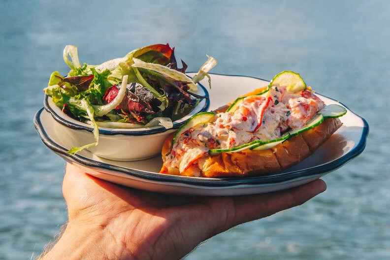 Pilot lobster roll