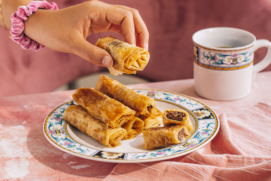 How Nutella Makes These Baklava Rollups Sing