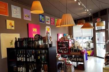 Lucio/ Wine Shop