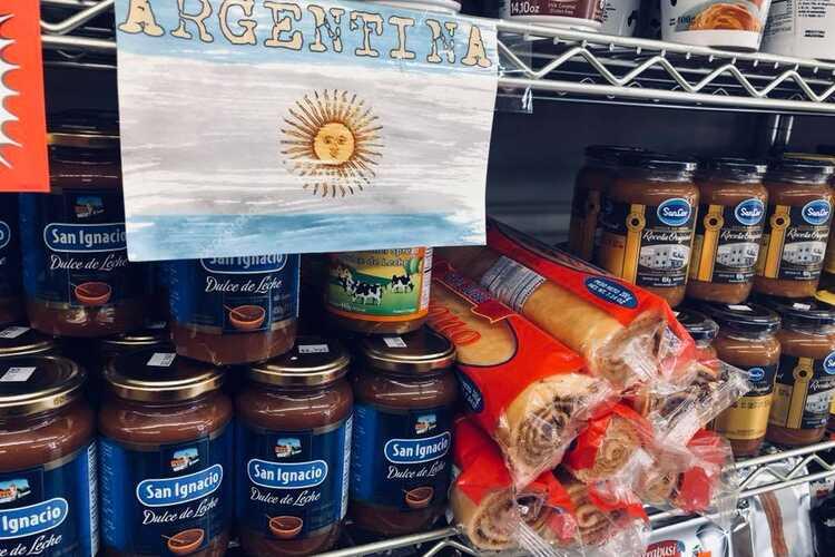 El Mercado - Market - Butcher - Empanadas