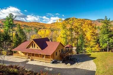Luxury cedar log home on the Sunday River