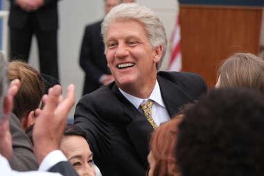 impeachment american crime story, clive owen bill clinton