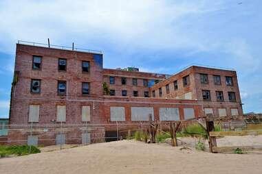 Neponsit Beach Hospital