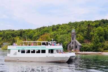 Shipwreck Tours - Glass Bottom Boat - Munising, Michigan