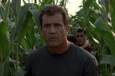 mel gibson in signs, signs crop circle