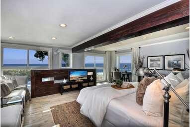 A Laguna Beach villa with ocean views
