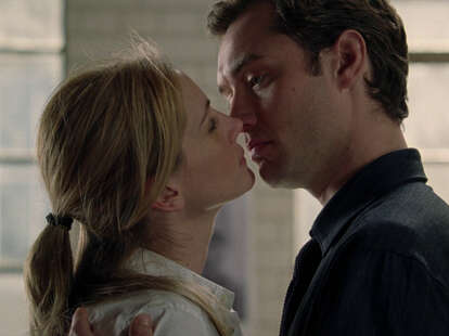 julia roberts and jude law in closer