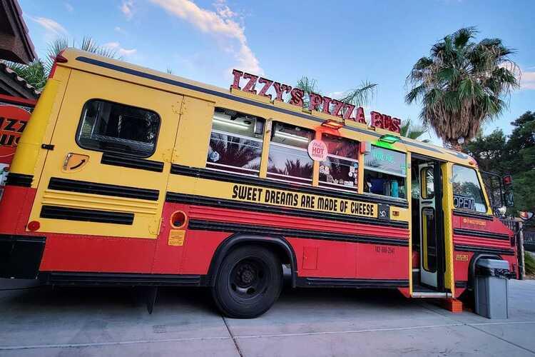 Izzy's Pizza Bus